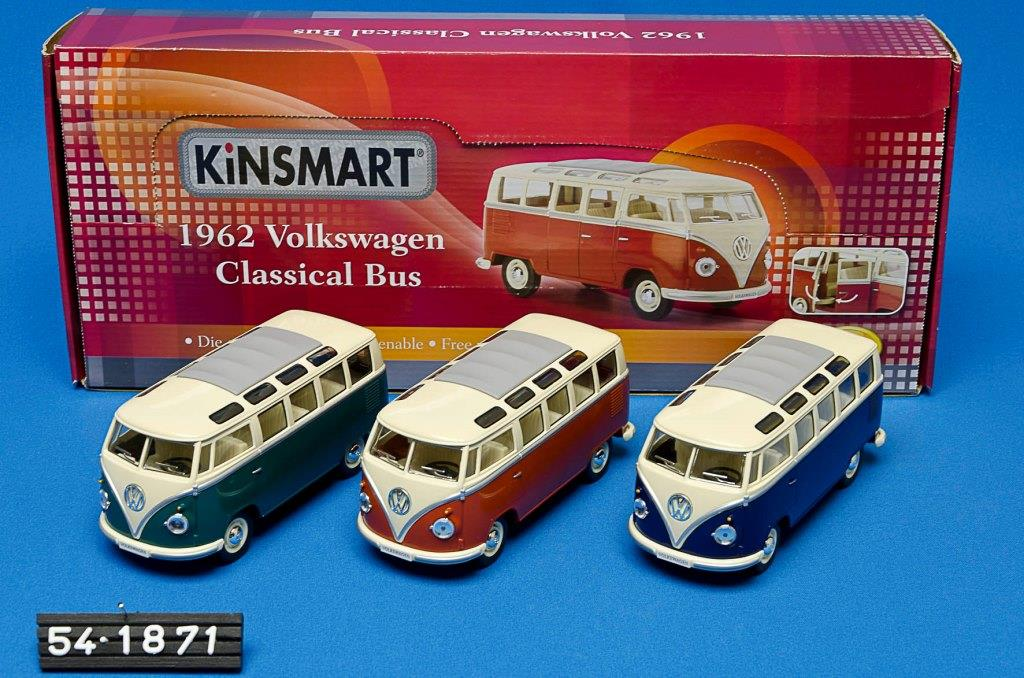 VW Classical Bus 1962 1:24
